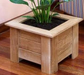 Macetero de madera for Maceteros de madera para interior