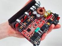 Amplificador MOSCONI 4x100W con DSP Incluido