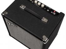 Amplificador FENDER RUMBLE 25 para bajo