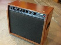 Amplificador SINMARC G50R Basic a válvulas para guitarra