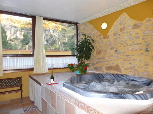 Escapada rom ntica jacuzzi privado - Escapadas romanticas jacuzzi habitacion ...