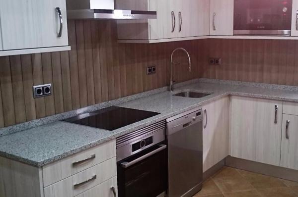 Tipos de encimeras de cocina for Encimeras de granito nacional