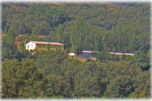 Ba os del sagrario parque aventuras tur activo hostal - Banos del robledillo ...