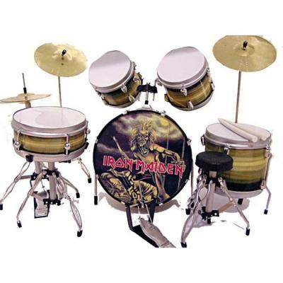 http://thmbcache.com/thumbs/981381/w600h400/mini-bateria-homenaje-a-iron-maiden.jpg