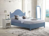 Dormitorio en color tosca y azul.